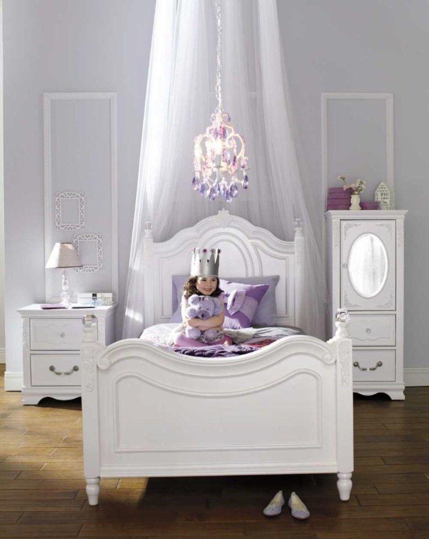 Najarian Furniture Duchess Twin Bed White Najarian