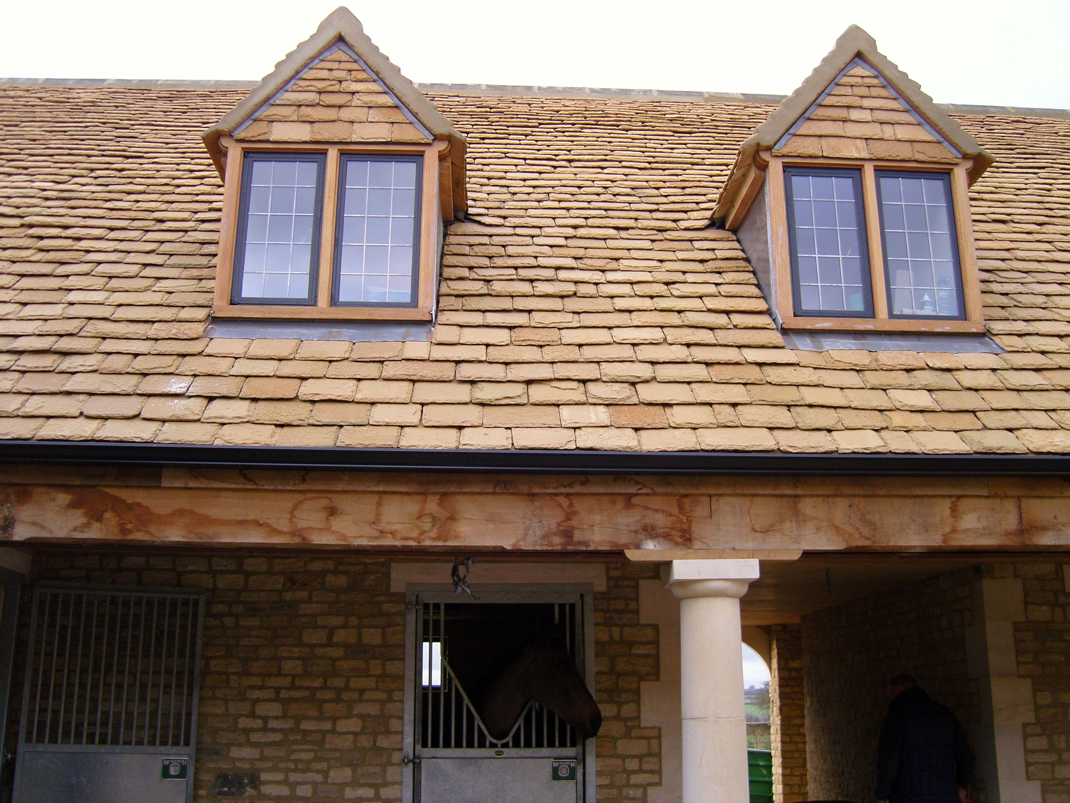 Cotswold Stone Slates Natural Roofing Supplies Roofing House Styles