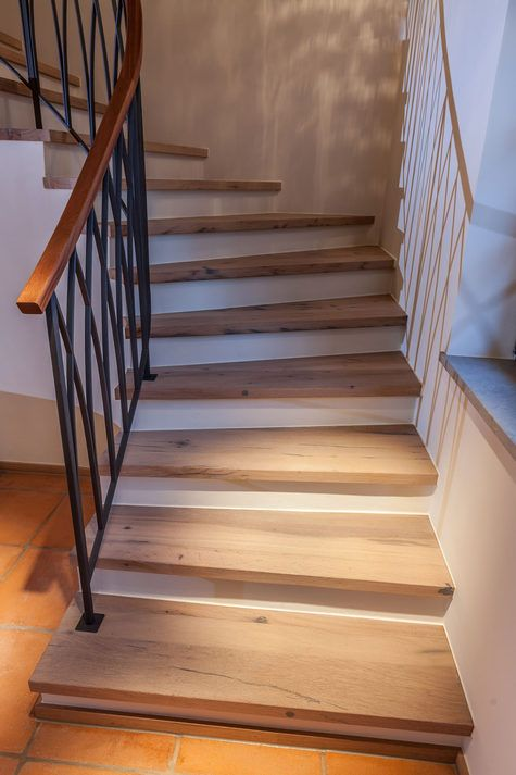 Altholz Treppen und Treppenaufgänge // Altholz aus Rosenheim – old oak