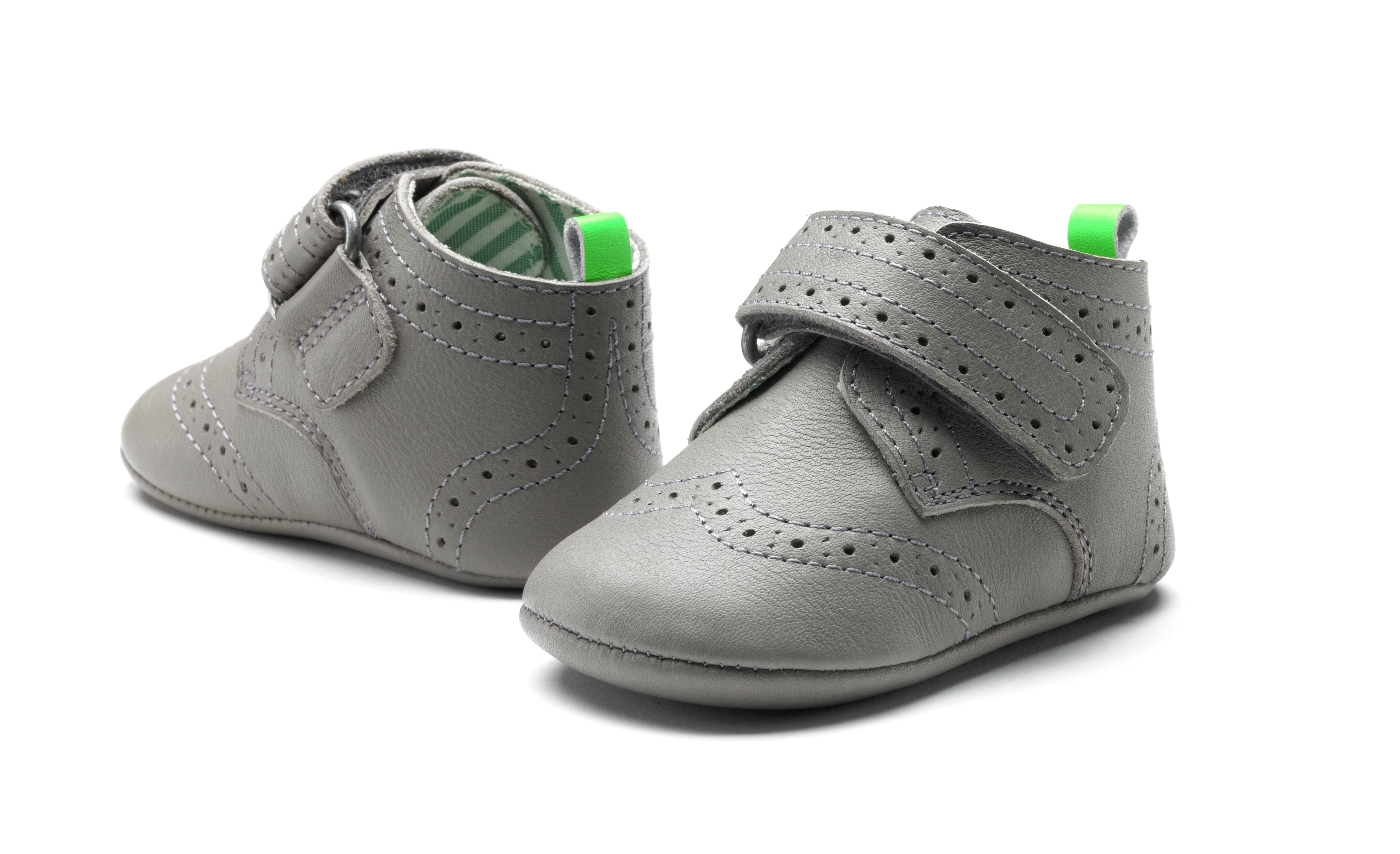 Limited edition classic yet modern soft sole baby boys leather shoes