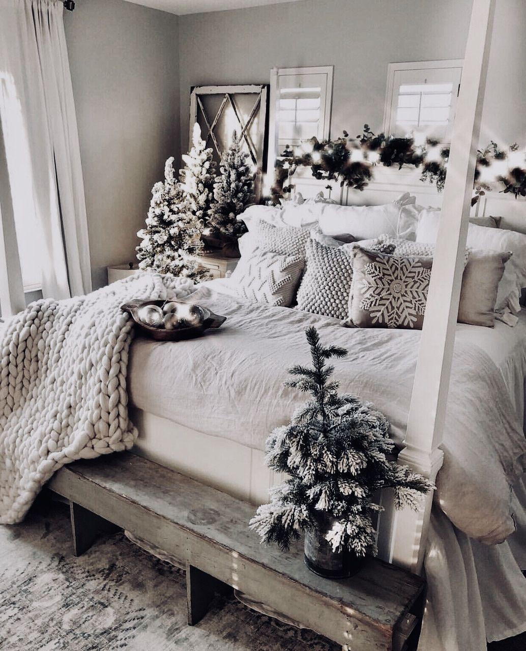 ᗰƖᔕᔕ ᗰᗩᖇƖᗩ Décoration maison, Deco noel, Decoration