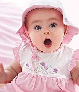 Baby In Pink Cute Baby Pictures Baby Pictures Cute Babies