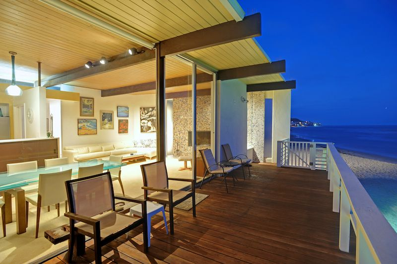 Malibu road beach Mid Century Beach House | Malibu Homes | Pinterest ...