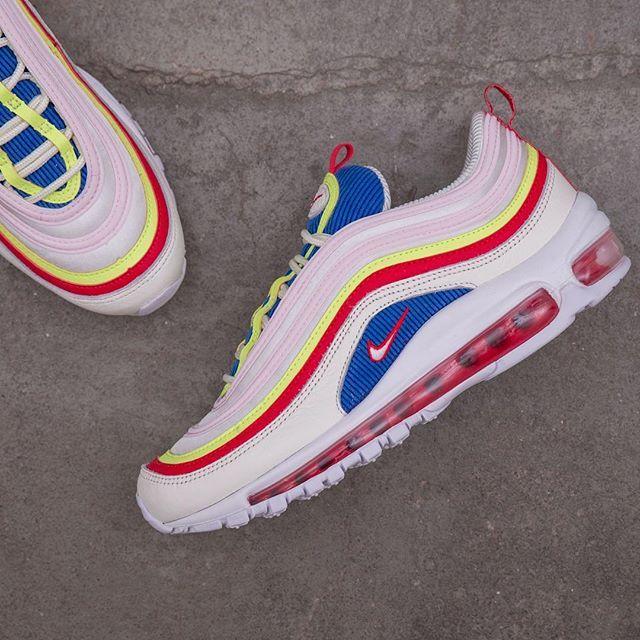 Pin de Breno em sneakers | Sapatos, Novos tênis, Tenis