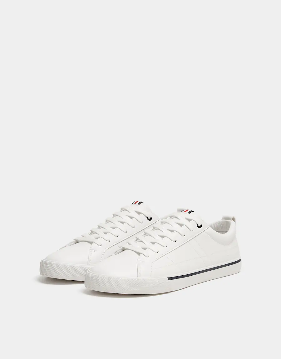 Pin By Sisa On Tfs Men Summer 2020 White Trainers Lace Up Trainers Shoes