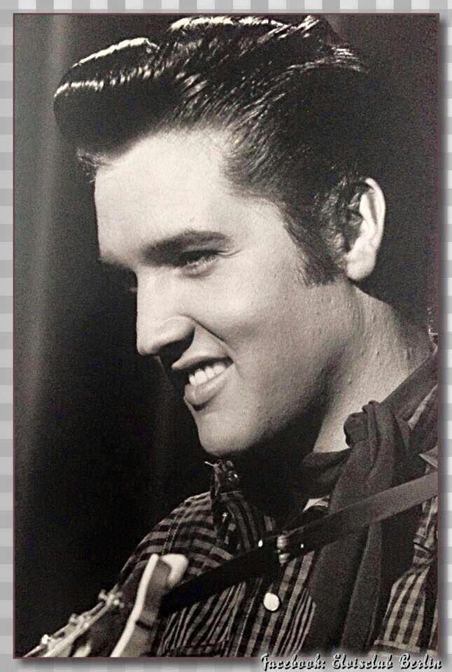 Gorgeous Young Elvis Elvis Presley Elvis