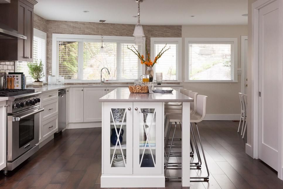 Our 25 Favorite Kitchen Makeovers From HGTV