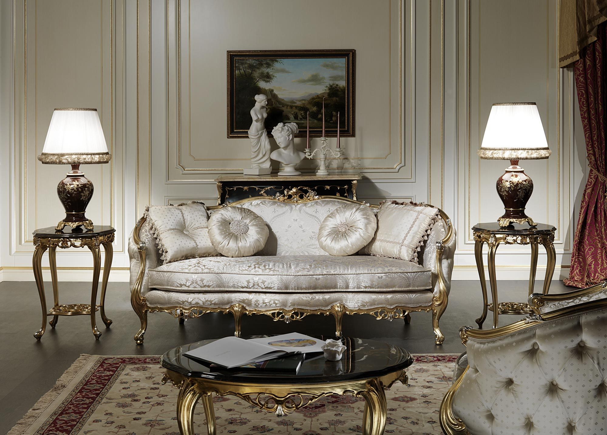 Three seater classic sofa of the Venezia luxury collection hand