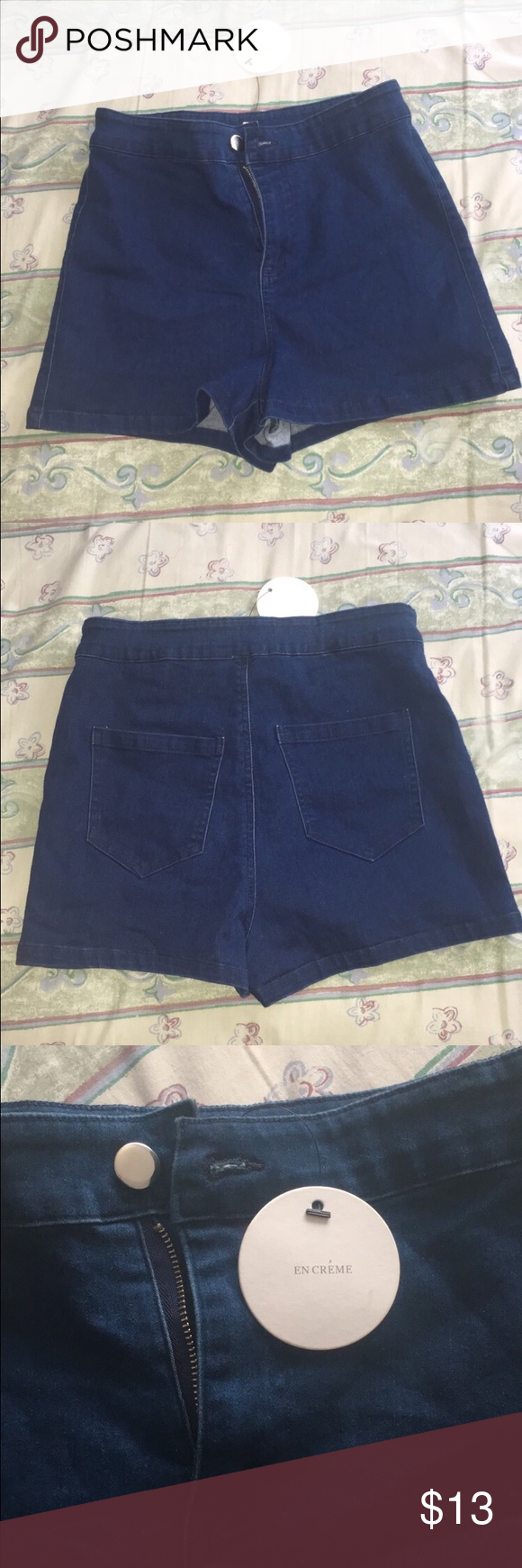 High waisted shorts New with tags never worn high wasted shorts. Stretchy material yet still has that denim look to it. For very petite ladies but has stretchy material. Size small/XS. En créme Shorts Jean Shorts