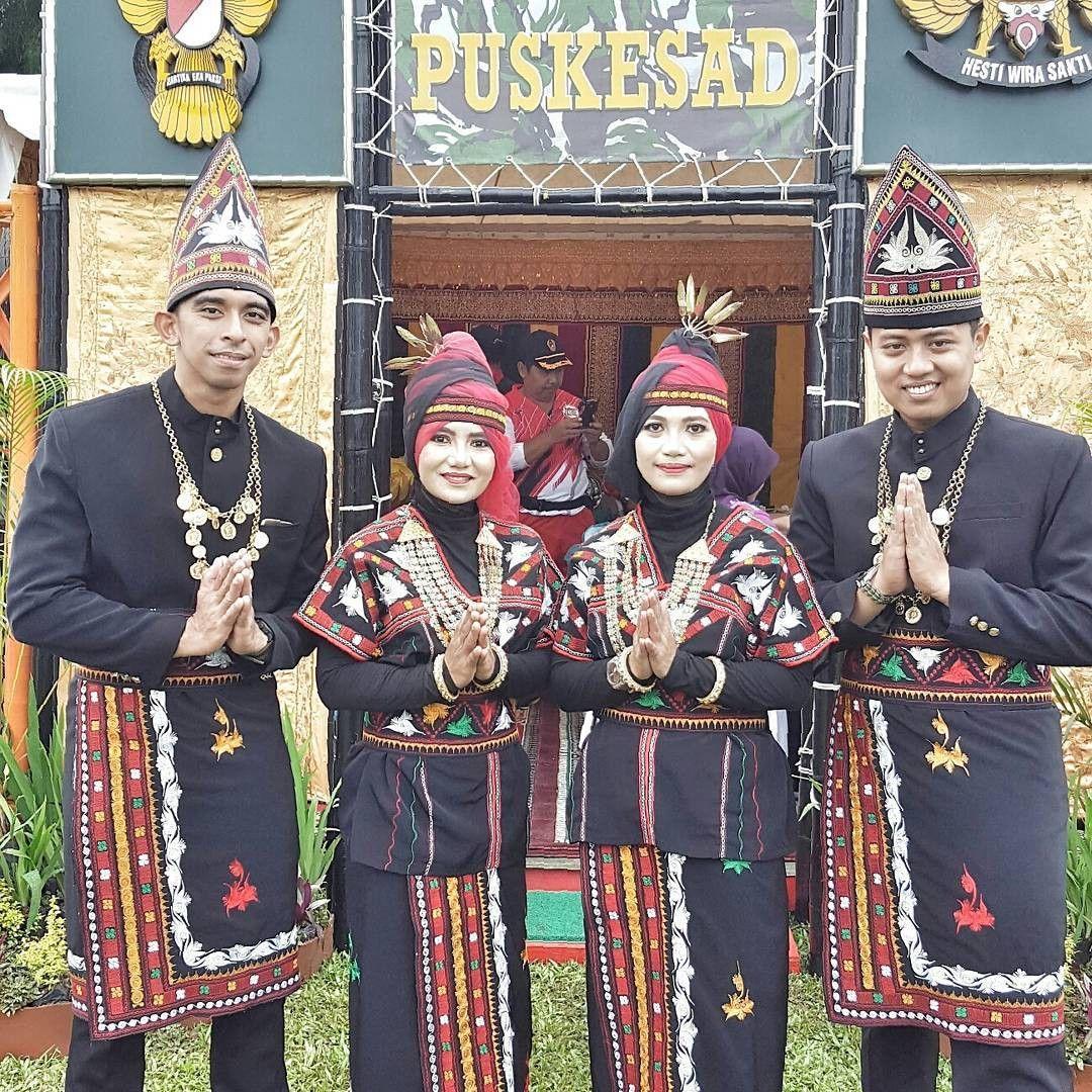 Aceh Pakaian Adat