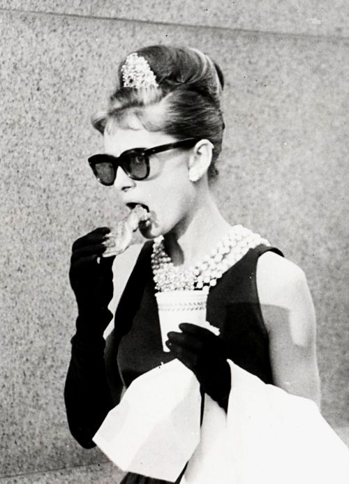 Audrey Hepburn Breakfast At Tiffany S Audrey Hepburn