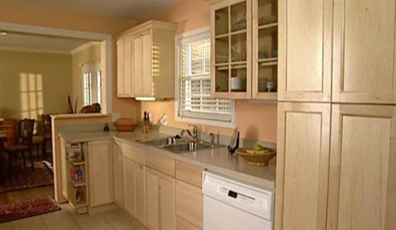 Elegant Louvered Kitchen Cabinet Doors