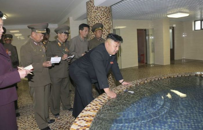 Kim Jong-un and the water position