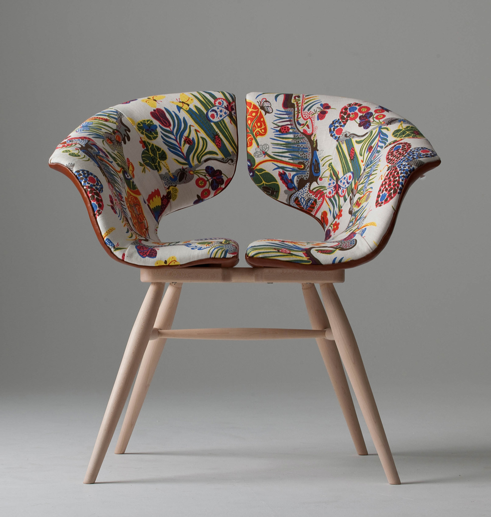 Floral chair / tortie hoare