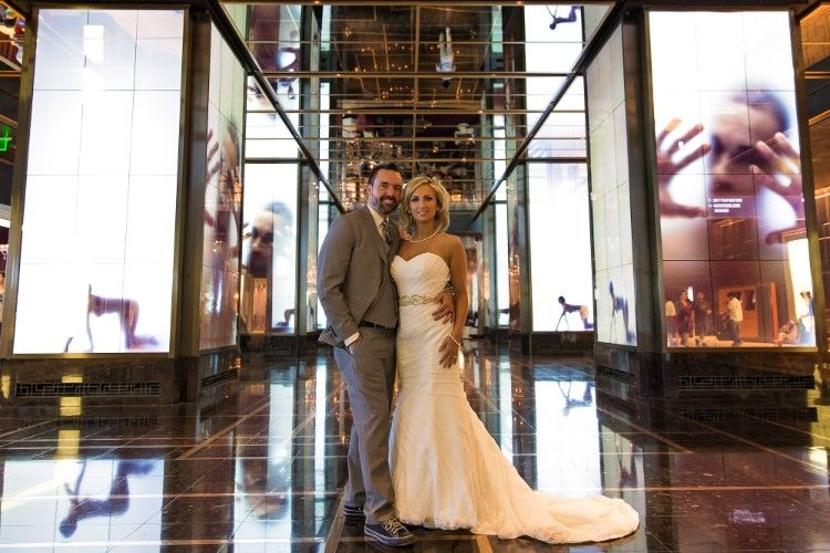 Unconventional Vegas Wedding At The Cosmopolitan Of Las Vegas Nv Las Vegas Wedding Venue Las Vegas Wedding Photos Vegas Wedding Venue