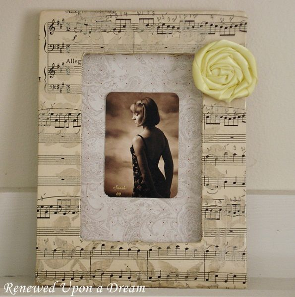 Would make a cute gift for that special music lover... Craft Project: Stenciled Sheet Music Frame
