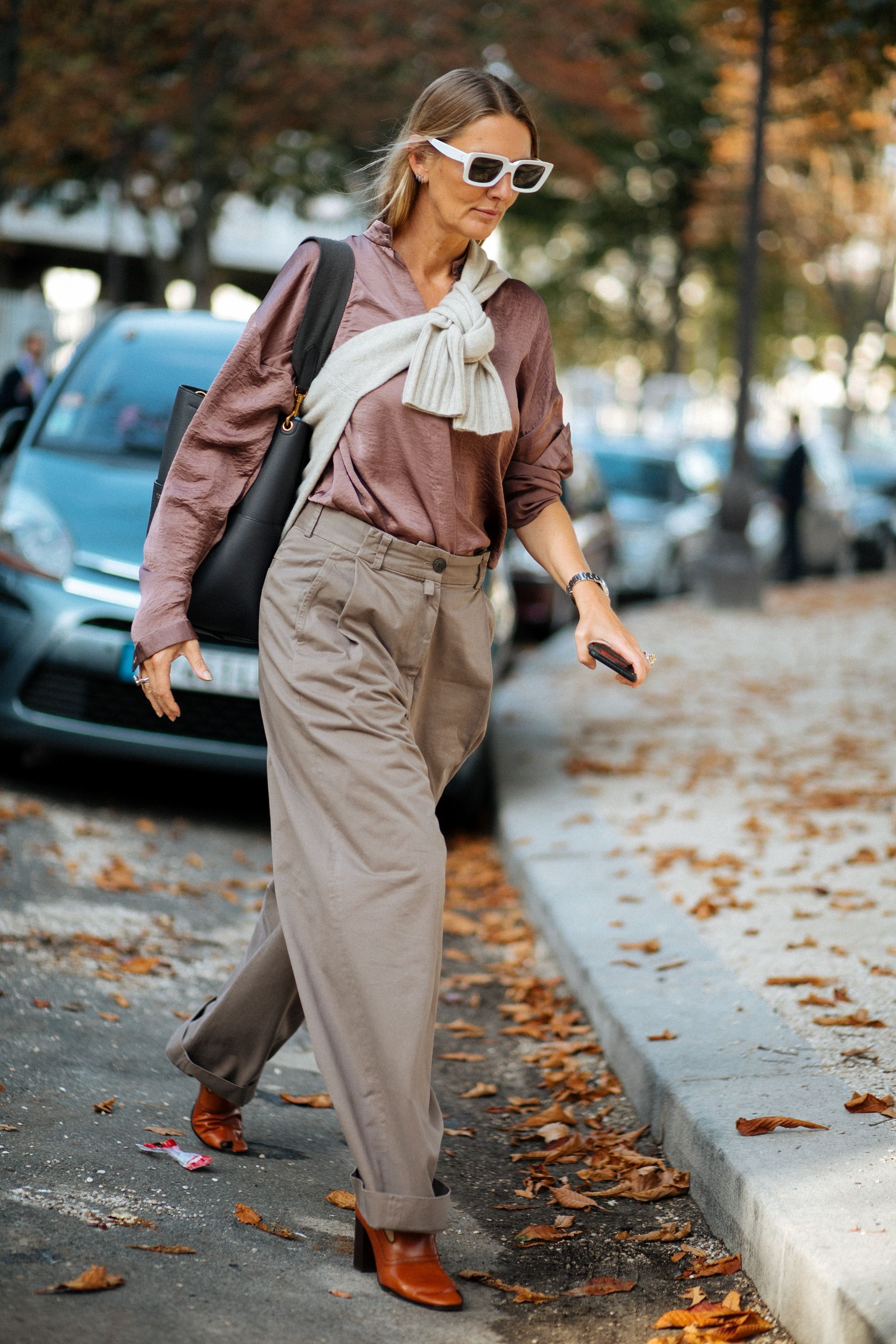 Forum on this topic: Paris Street Style: See the Bag Everyone , paris-street-style-see-the-bag-everyone/