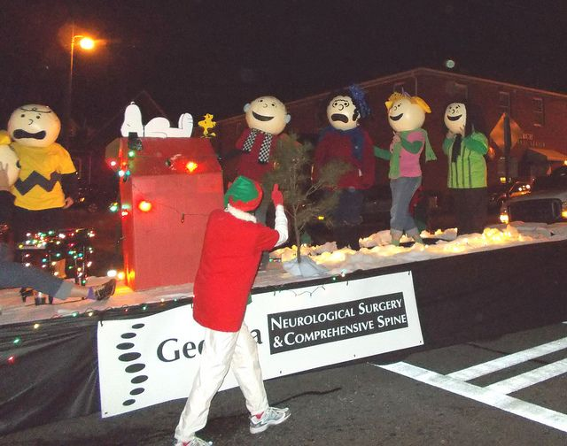 Rancho Cocoa A Charlie Brown Christmas Charlie Brown Christmas Christmas Parade Floats Christmas Characters