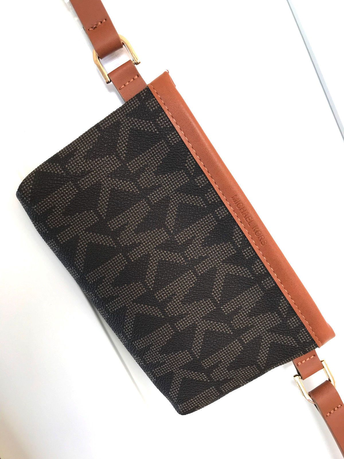 6a3dadfabd9d NWT Michael Kors MK Signature Belt Wallet Fanny Pack Bag Travel Pouch  Leather S