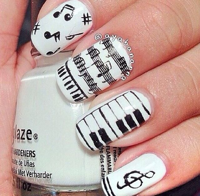 Photo by iiNailsArt(iinailsart): Musical nails by B Banana - This Is So Cute. I Would Wear It. Music Pinterest Nail Art