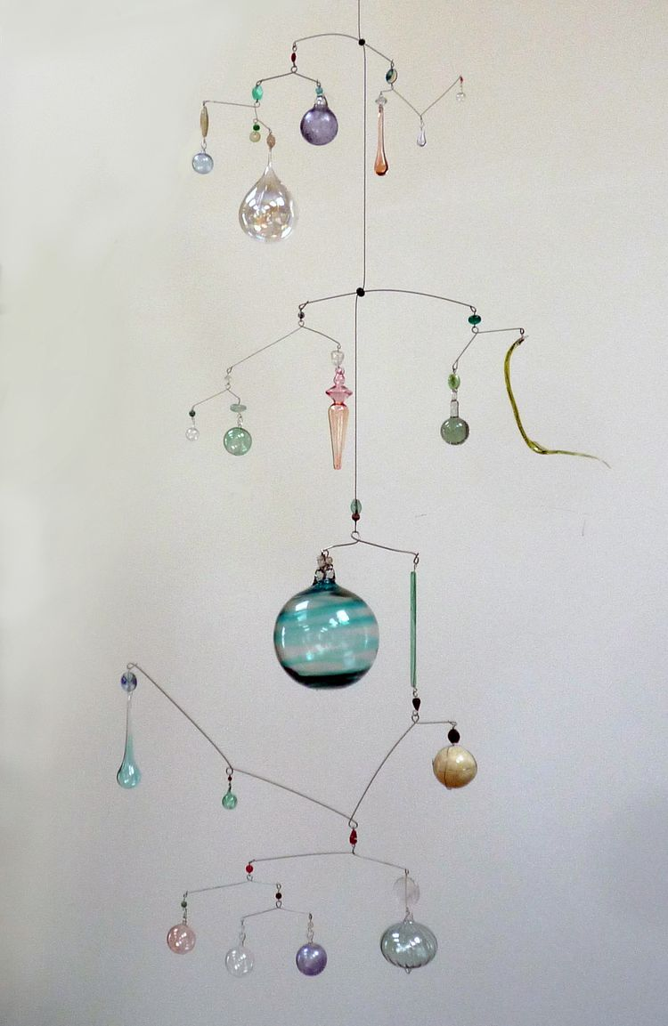 Mobile of Sprites | Mobiles and kinetic constructions | Pinterest ...