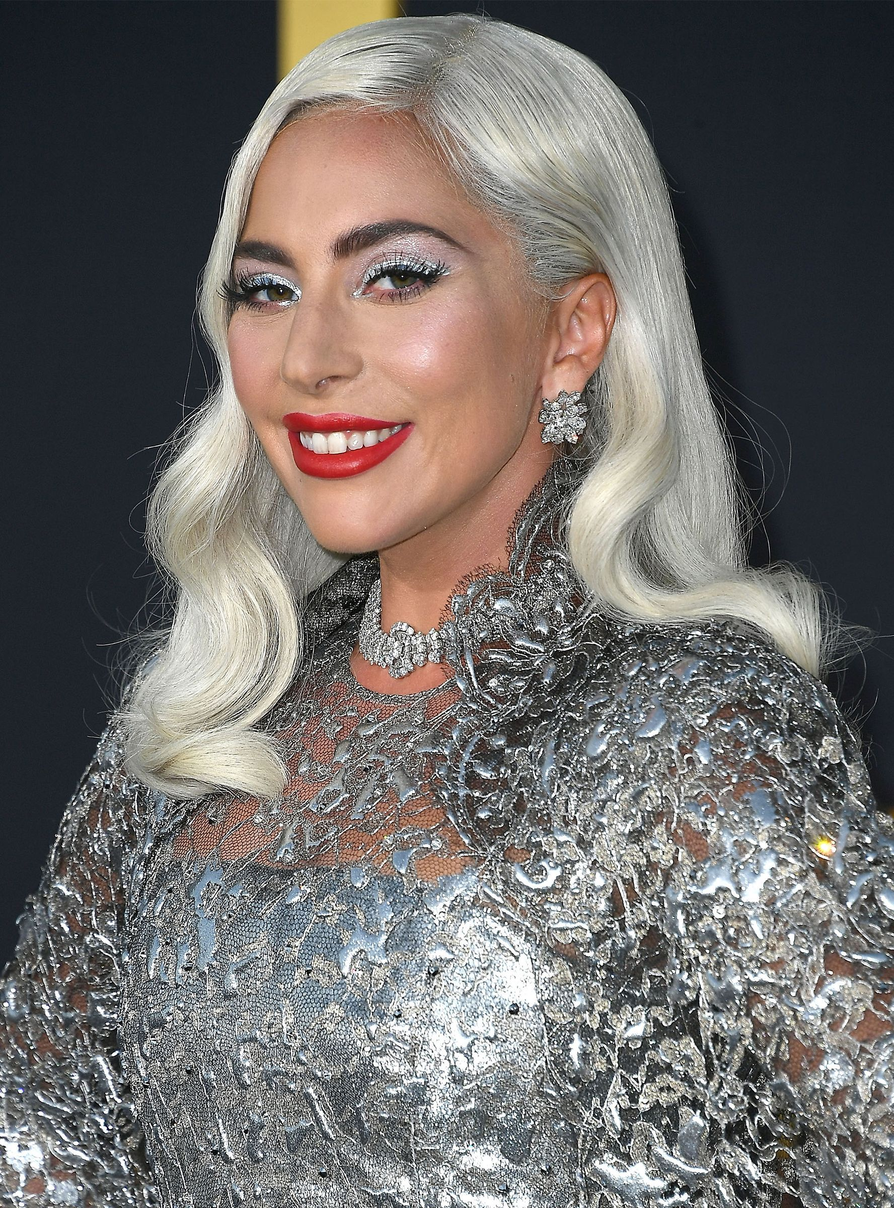 Lady Gaga S Blue Hair Matched Her Dress On The Golden Globes Red