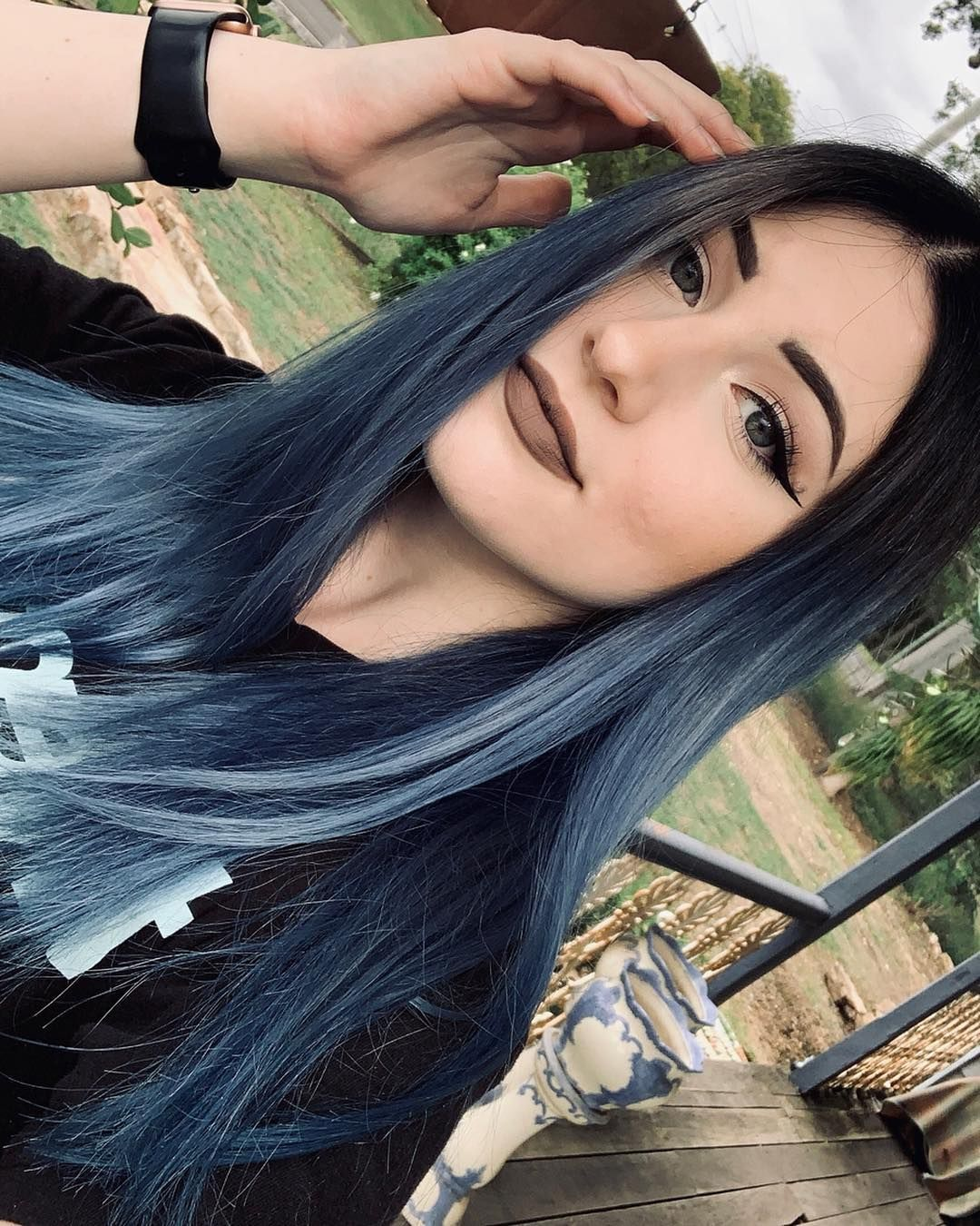 Pin By Rayane Paiva On Cores De Cabelo In 2020 Fox Hair Dye Arctic Fox Hair Color Blue Ombre Hair