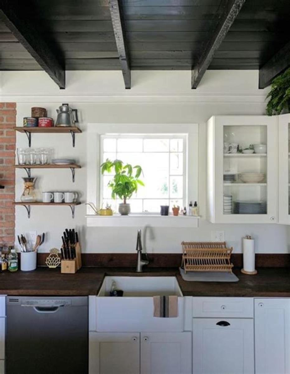 Affordable Farmhouse Kitchen with Slate Appliances Ideas 1 ...
