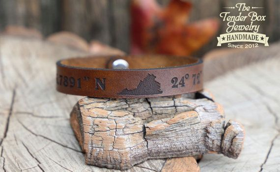 0d2e0c81cc279 Personalized Leather Bracelet with State of your Choice Latitude ...