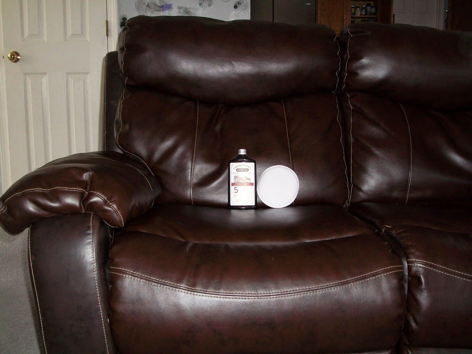 What is A Good Leather Conditioner for Furniture Best Color