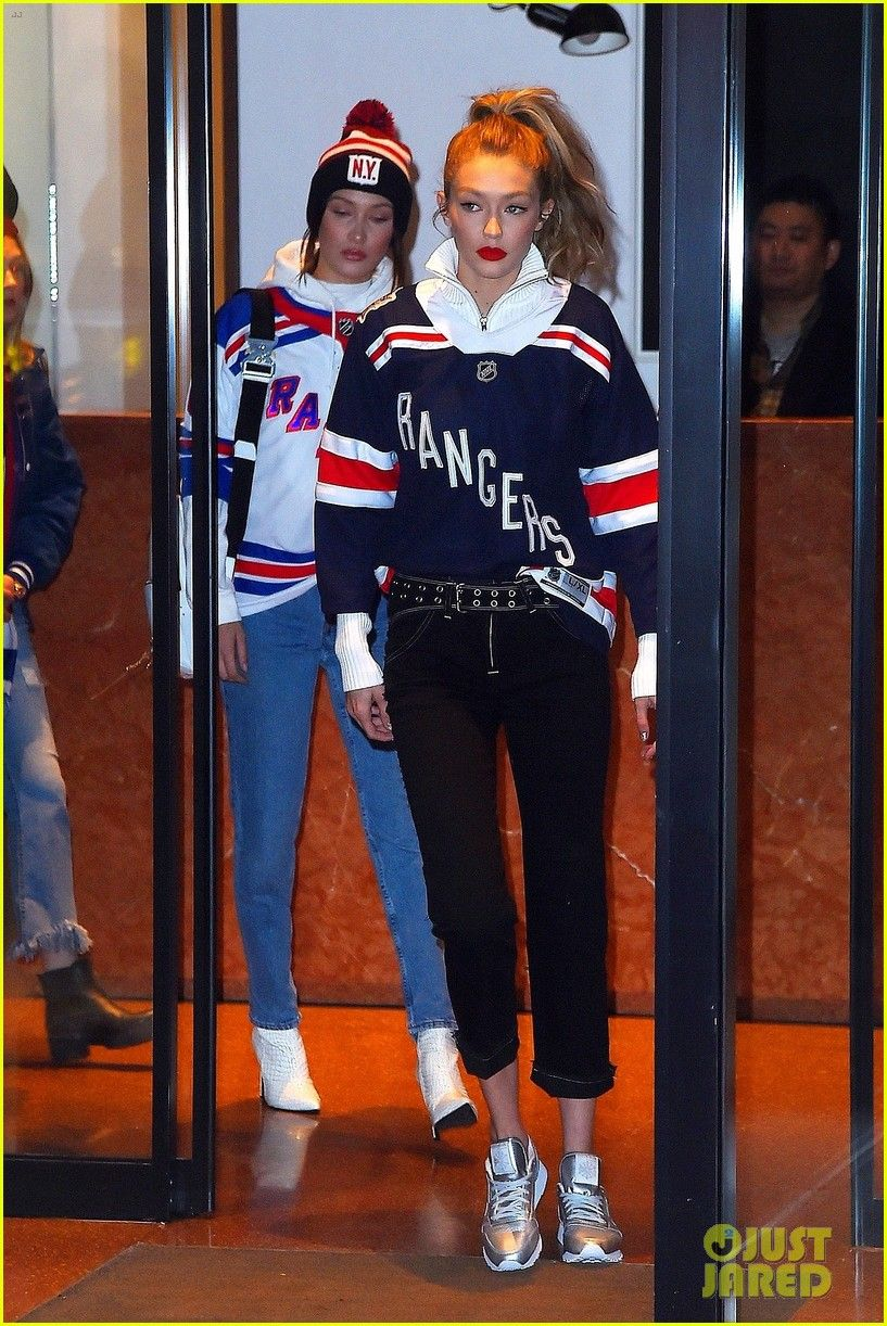 Gigi   Bella Hadid Head to a Rangers Hockey Game in NYC!  f75e4e0fc