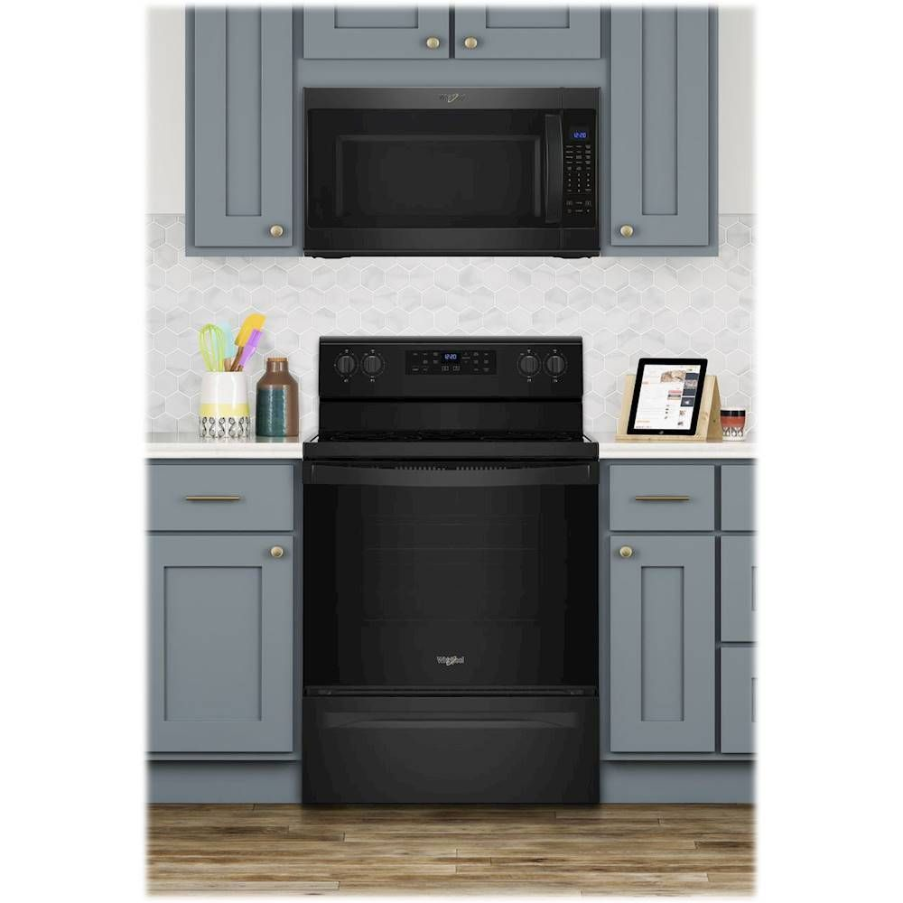 Whirlpool 5 3 Cu Ft Freestanding Electric Range Black Wfe505w0hb Best Buy In 2020 Kitchen Cabinets With Black Appliances Black Appliances Kitchen Freestanding Electric Ranges