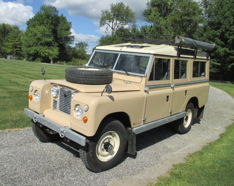 Restored 1967 Land Rover 109 NADA 4Speed Land rover