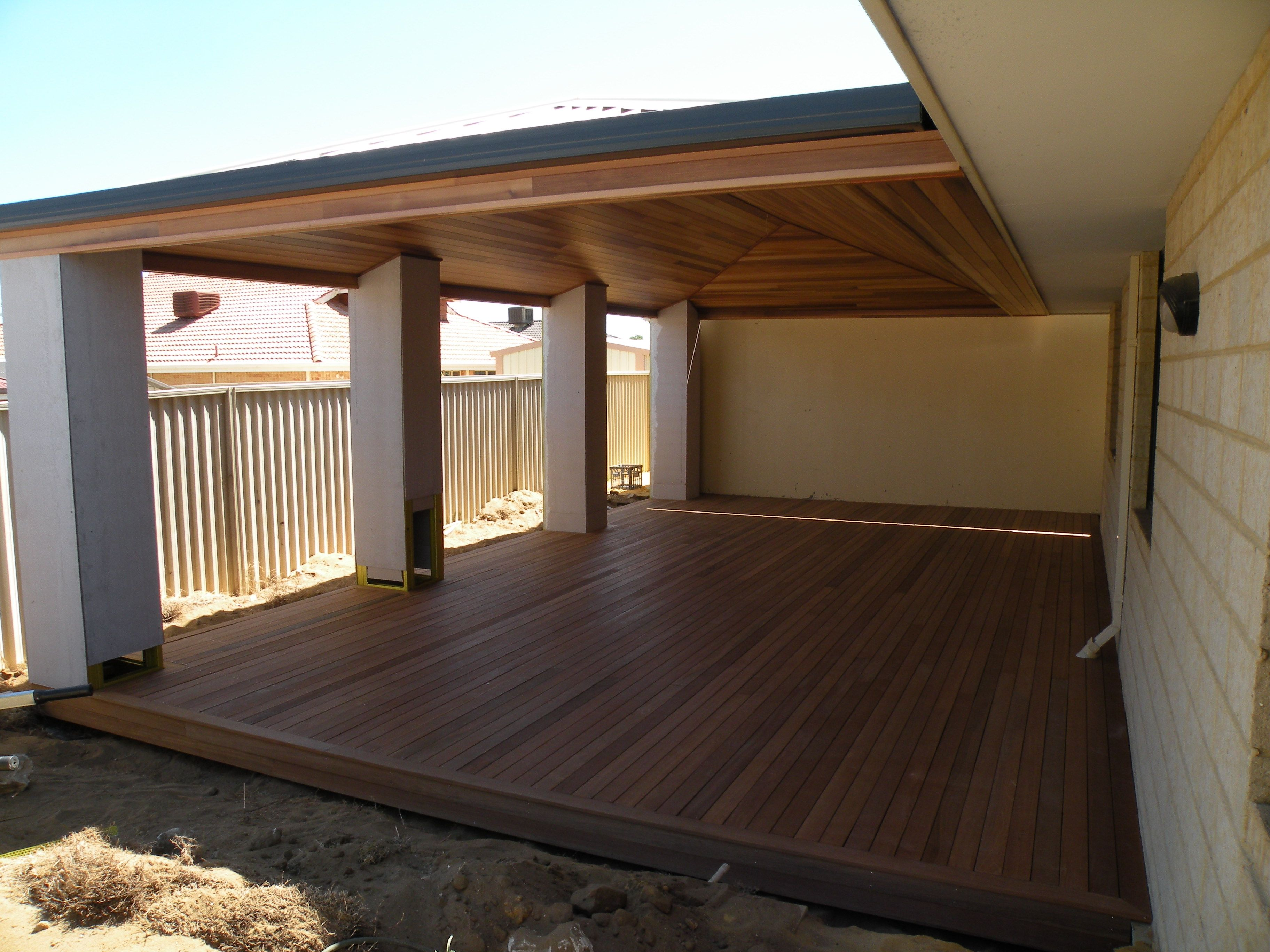 love this timber deck and timber ceiling