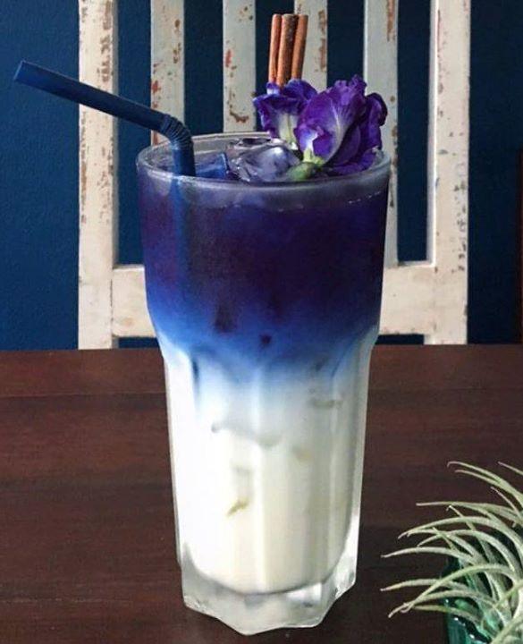 Blue Almond Milk Latte #bluechaishop #bluetea #changing