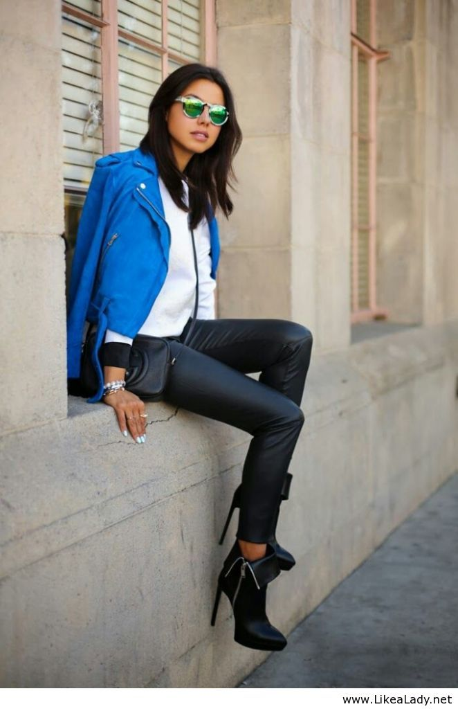 Awesome blue jacket for girls
