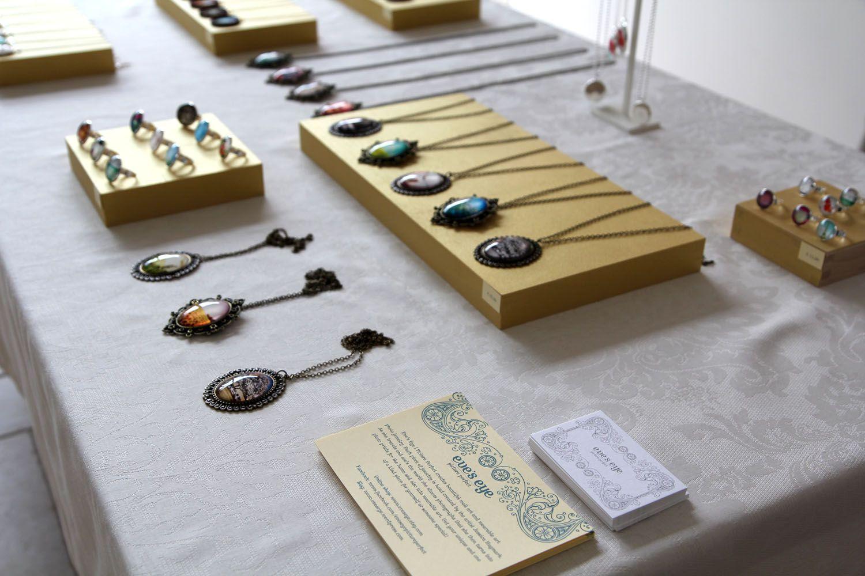 DIY Jewelry Display Table