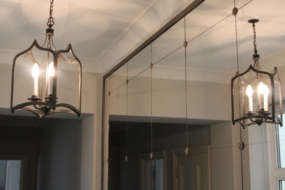 Mirrored Hallway With Rosettes3 Decore In 2019 Antique