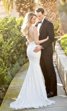 Berta 15-23, $4,800 Size: 2 | Used Wedding Dresses | Wedding ...