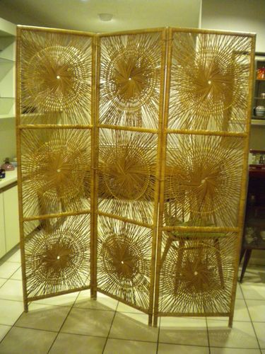 1970s Vintage Retro Wicker Rattan Sunburst Golden Screen Room