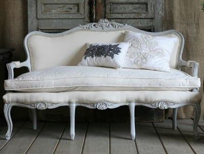 Soooo Beautiful Small Vintage Sofa