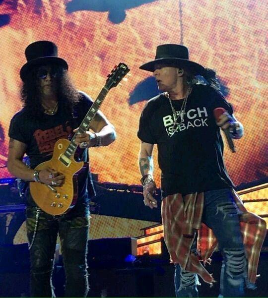 SE ESCUCHA EN LETRAS : Simplemente Guns N' Roses