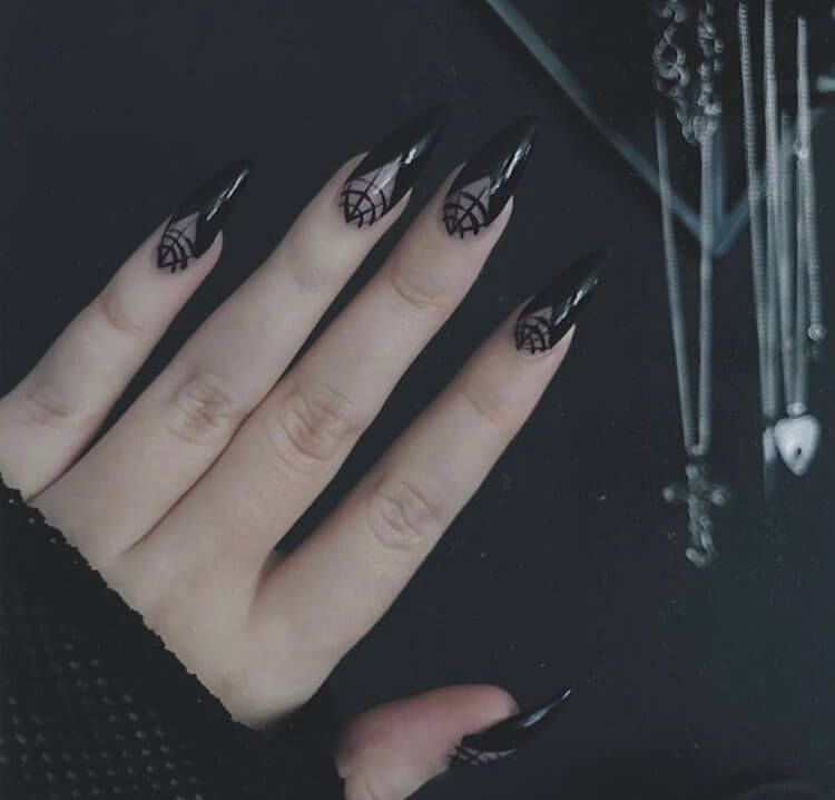 36 Ideas For Long Acrylic Halloween Nails 2020 In 2020 Halloween Nails Halloween Nail Designs Long Acrylic Nails