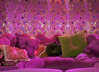 I want to take a nap in Jeannie's Bottle