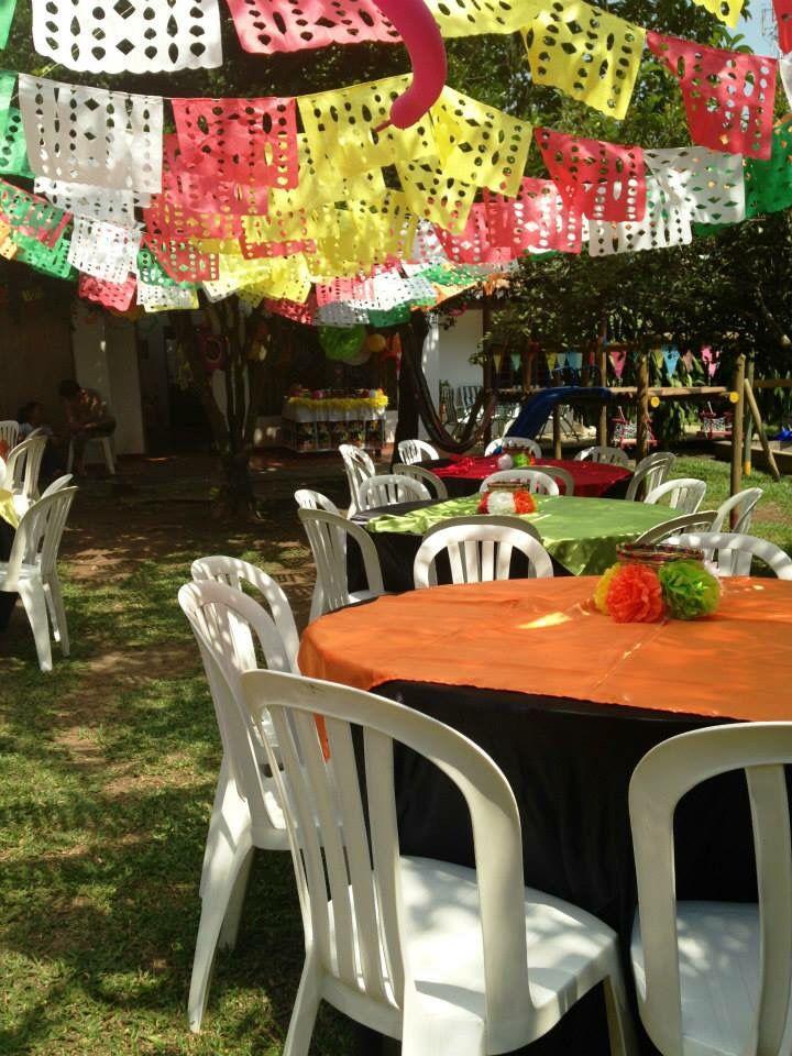 Festones tradicionales para fiesta Mexicana