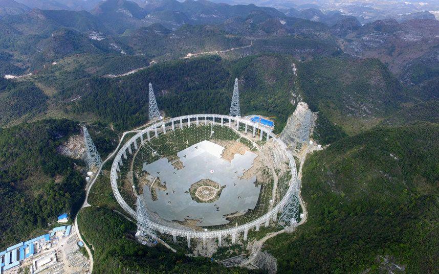 El radiotelescopio de Pingtang, China, será el mayor del mundo cuando concluya su construcción en 2016 (Getty, 2015)