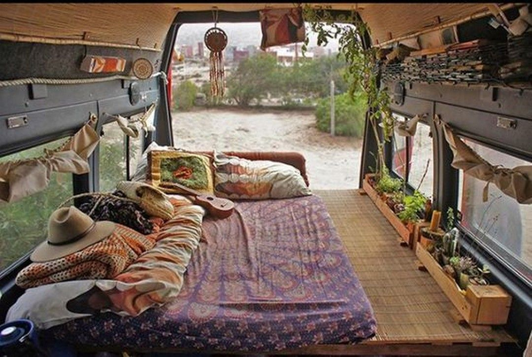 c0fb8bc3ee3e15 26 Best DIY Surf Van Conversion for Awesome Trips https   www.vanchitecture