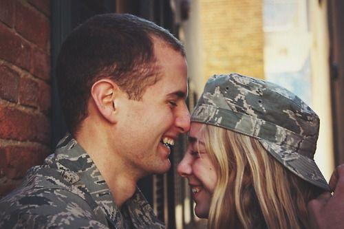 www.militarylover.com