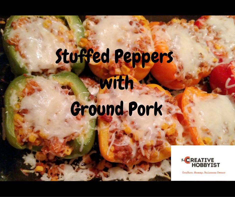 Looking for a frugal dinner? Try Delicious Stuffed Peppers with Ground Pork #healthydinner #groundpork #frugaldinneridea #easydinner http://www.creativehobbyist.com/stuffedpeppers/