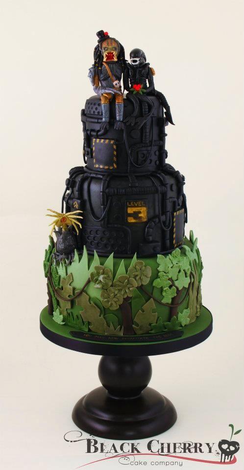 Alien marries Predator wedding cake